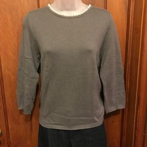 Anthropologie gray sweater, pearl collar, Large